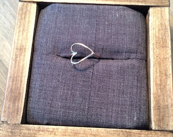 Sideways Heart Ring