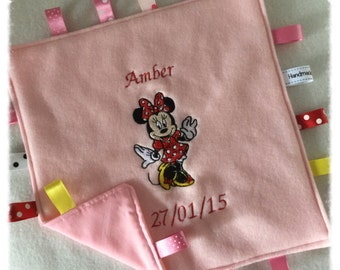 Minnie Mouse Taggy Blanket