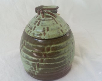 Frankoma honey pot