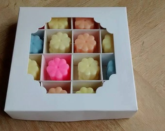 A Pack of 32 Home Made Soy Wax Candle Melts in Assorted Fragrances