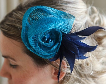 Hair Fascinator/ Hair Clip/ Bridesmaid/ Hair Accessories/Wedding Accessories/Bridal Accessories/Feathers/ Swarovski/ Perls/Blue/Petrol col