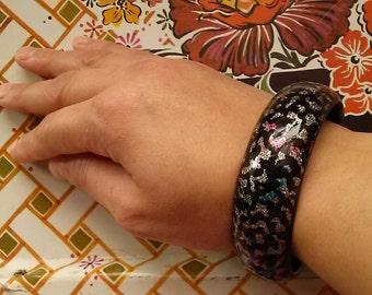 Vintage 80s Glittery and Shimmery Bangle
