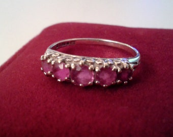Ring- 9ct Gold Ruby Ring