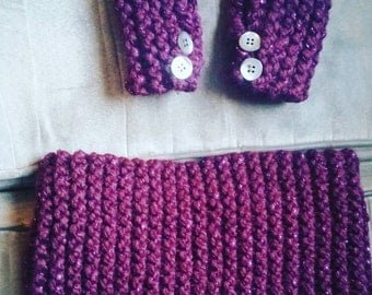 Childs size Fingerless gloves and scarf set