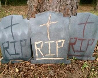 HALLOWEEN TOMBSTONE w/RIP & CRoSS -- Wood -- Handpainted -- Sturdy Post
