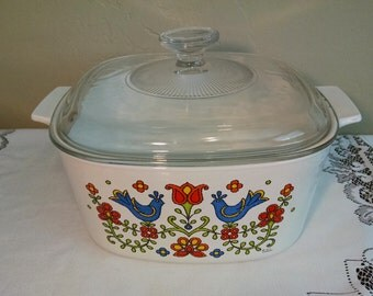 Corning Country Festival 3 QT A-3-B Casserole Dish with Lid