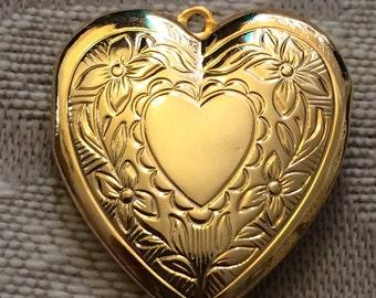Vintage 1980s gold locket charms