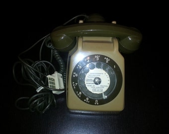Two-tone dial phone