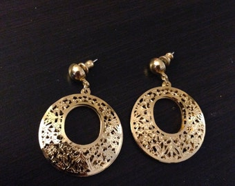 Loop Gold Vintage Earrings