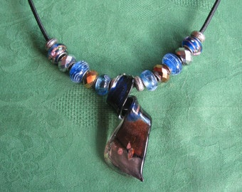 glass necklace with pendant