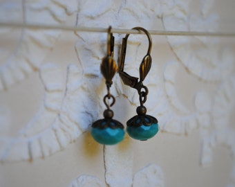 Earrings small turquoise-blue badge