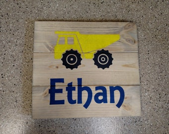 Dump Truck – Personalized Wood Sign