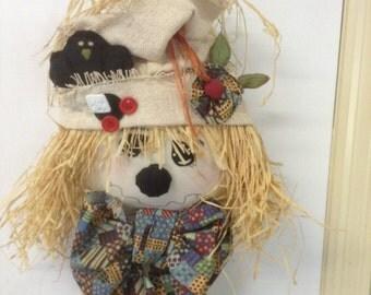 scarecrow door hanger,door hanger,fall decor,harvest decor,scarecrow,