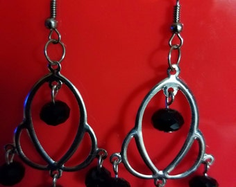 Black and Silver dangle earring