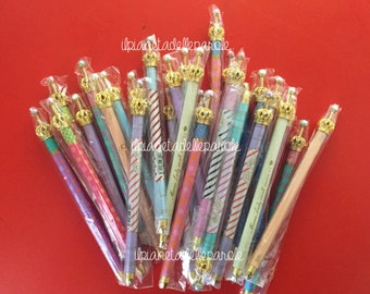 Retractable ballpoint pen with Crown
