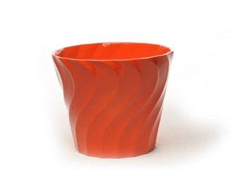 Bauer Pottery 12 Inch Swirl Pot