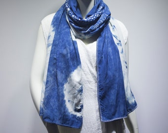 hand made scarf with natural color source