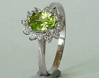 0.70 CT Natural Green Peridot in Sterling Silver Ring Size P or 7.5 - RI116