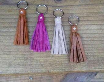 Handmade leather key chain. Choose your color.