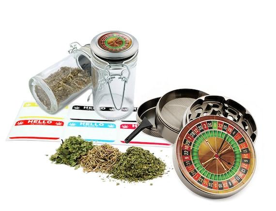 "Roulette - 2.5"" Zinc Alloy Grinder & 75ml Locking Top Glass Jar Combo Gift Set Item # G50-102215-6"