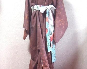 Kimono/Tsumugi/brown /Japanese / robe/ Japan/ traditional/ dress/ vintage/ antique