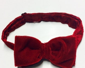 Suede red bow tie