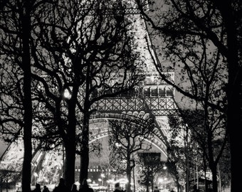 Eiffel Tower Photo Print - Paris, France Picture - Europe, Travel Photography - Customizable: Print, Canvas, Metal, Framed options 5x7, 8x10