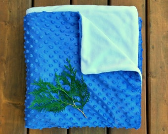 Blue Throw Blanket, Blue Blanket, Blue & White Throw, Blue White Blanket, Soft Cozy Throw, Blue Cosy Blanket, Fleece Blanket, Christmas Gift