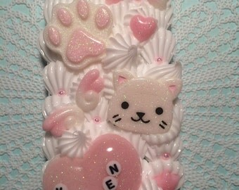 Kitten IPhone 6s case