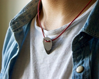 Guitar Pick Necklace (Black)