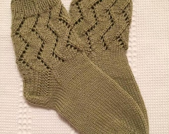 EUR Size 31 / US 13.5 / UK 12.5 / Handknitted Toddler Child Warm Wool Socks, Olive Green, Lace Knit