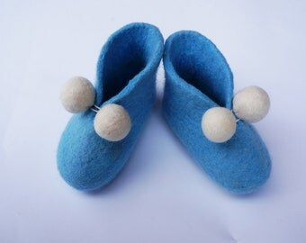Baby felt shoes Felted shoes Baby gifts Baby newborn booties  Felt booties Merino shoes Christening gifts Newbor felted shoes