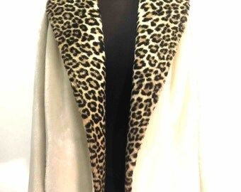 White Vintage broken and Leopard print coat. Gorgeous State. Mark Borgana Luxury