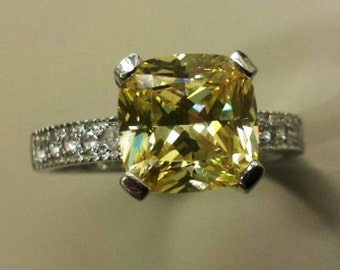 14K White Gold With White Topaz and Yellow Citrine, Size 9.5