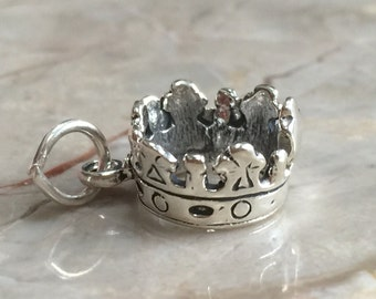 Royal Sterling Silver Crown Charm w/jump ring
