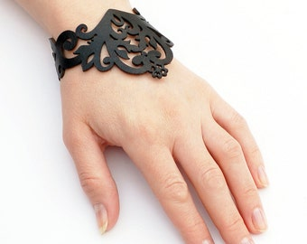Leather Bracelet cuff, Leather Cuff, Ladies Leather Bracelets, Leather Bracelet