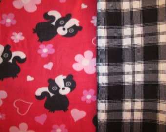 Fleece Tie Blanket-Cute Skunks and Black/White Plaid, small