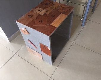 On roulette Cigario side table