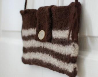 Felted Wool Purse: Subtlety