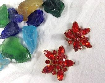 Stunning Vintage Judy Lee Red Orange Rhinestone Flower Clip Earrings