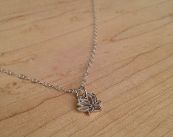 Lotus Necklace / Silver Lotus Necklace / Tiny Lotus Flower Pendant / Yoga Jewelry / Minimalist Jewelry / Yoga Necklace / Sterling Silver