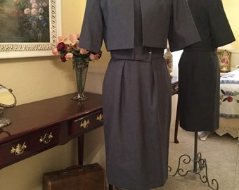 Classic Calvin Klein sleeveless dress and jacket. Size 8  PRICE REDUCED!