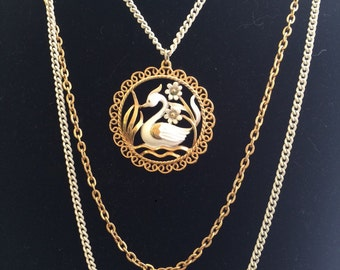 Three strand swan necklace