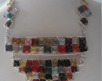 NECKLACE MANY COLORS