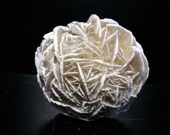 Gypsum from the Mexico ball