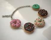Doughnut Bracelet, Donut Bracelet, Kawaii, Dessert, Food Bracelet, Miniature Food, Polymer Clay, Cute Bracelet, Doughnuts, Handmade, Charms