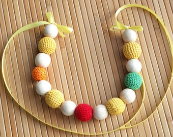 Colourful nursing necklace / teething necklace / breastfeeding necklace