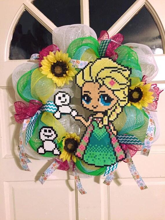 Elsa, Wreath, Frozen, Frozen wreath, Disney, Disney wreath, Spring wreath, Summer wreath, Perler beads, Birthday, Deco mesh wreath, Ribbon