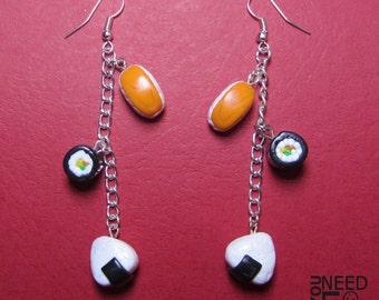 Sushi earrings   sushi dangle earrings   fimo earrings   fimo sushi   hosomaki earrings   onigiri earrings   sushi pendants   japan earrings