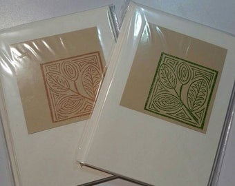 Decorative leaf stamped note cards. Pack of five.